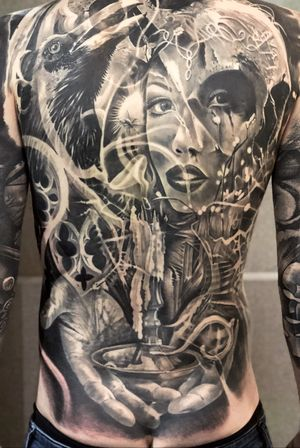 Day 3 at #londontattooconvention completed this back piece