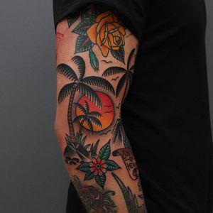 Tattoo by Tony Bluearms #TonyBluearms #landscapetattoos #landscape #land #nature #environment #palmtree #flowers #floral #sun #island #sky #birds #tropical #vacation