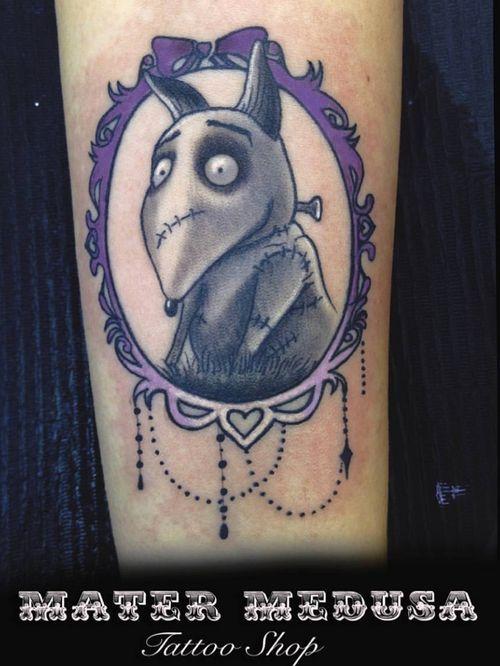 YOUR DOG IS ALIVE!!!!  #frankenweenietattoo #timburton #timburtontattoo #matermedusatattooshop #dogtattoo #pettattoo #zombiedog  #darktattoo #tattoooftheday #pickoftheday #tattoostagram #instatattoo #tattoolifeitalia #tattoolifemagazine #italiantattooartist #neotraditionaltattoo #gothictattoo #tattoodo #best_italian_tattooers #ntgallery #neotradeu