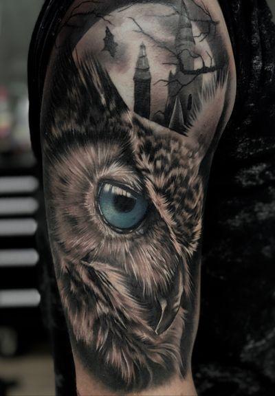 Finished this one today :) #tattoo #tattoodesign #tattooideas #tattooidea #owl #owltattoo #moon #halfsleeve #moontattoo #blueeyes #tattoooftheday
