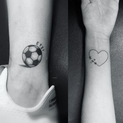 Soccer ball and heart, tattoos I did couple days ago. Booking on my whatsapp 2223605806 info in bio✌🏻🤓 #soccer #soccerball #heart #hearttattoo #wristtattoo #wrist #futbol #linework #smalltattoos #tinytattoo #balon #muñeca #corazon #tattoo #tatuaje #ink #inked #inkedgirls #tattooedgirls #HybridoKymera #tatuadoresmexicanos #tatuadorespoblanos #pueblacity #mexico #hechoenmexico #madeinmexico
