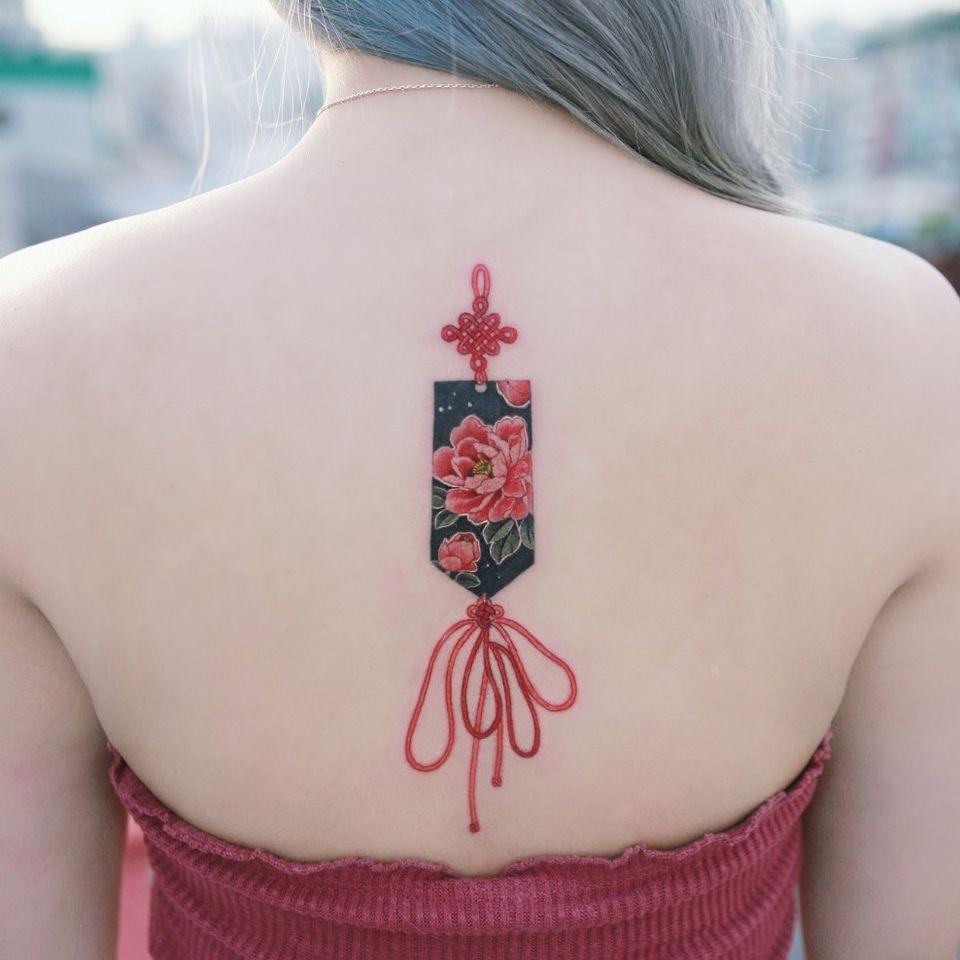 Norigae (Korean traditional ornaments) . #tattooistsion #flowertattoo #floraltattoo #Korea #KoreanArtist #tattooistsion #colortattoo #flower #flowers #oriental