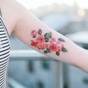 Cherry blossom  #tattooistsion  #flowertattoo #floraltattoo #Korea #KoreanArtist #tattooistsion #colortattoo #flower #flowers #oriental