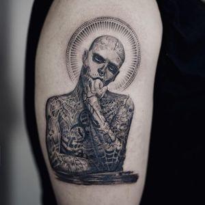 Tattoo by Nando #Nando #blackandgreytattoos #blackandgrey #RickGenest #portrait #man #famous #famousperson #model #rip #memorial