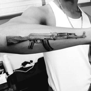 Carsten @carsten.subculturetattoo #subculture #berlin #tattoo #subculturetattoo #subculturetattoos #inkstagram #inkjunkie #inklovers #inkedlife #inkjunkeyz #inktattoo #inkfreakz #rocknroll #carsten #inkaholiks
