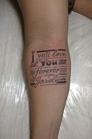 Homenagem que rolou por aqui hoje, arte desenvolvida exclusivamente para a cliente... #homenagem #homage #letteringtattoo #tattooart #Tattoodo