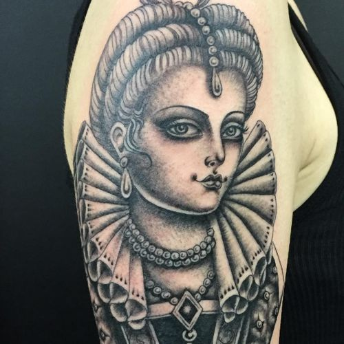 Tattoo by Sarah Schor #SarahSchor #blackandgrey #oldschool #lady #ladyhead #portrait #pearls