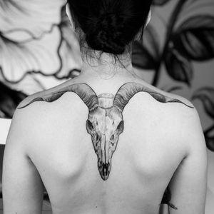 Goat #goat #linework #animaltattoo #blackandgrey #realistictattoo