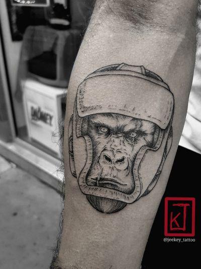 Boxer Gorilla #artiste #tatt #tattoo #ink #inked #art #dessin #drawing #tattooartist #artwork #jeekey #paris #artist #gorilla #monkey #boxe #boxer #ring #taot #dotworktattoo #sketches #traditionalart #liner #scarface #scar #jeekey