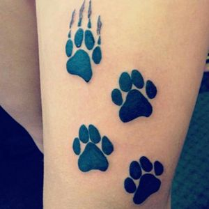 #KatzenPfoten#frau #follow #followforfollow #artist #dreamtattoo #mindblowing #mone1971 #tattoo #faith #love#hope #germantattooers #frau #inkgirl #inked #farbe #bunt #inkgirl #inked #tattooedwoman #katze #pfoten #erinnerung