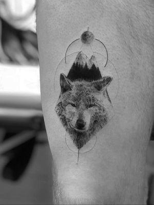 Wolf #wolf #linetattoos #blackwork #geomterictattoos #blackink #onlyblack #alianilercel