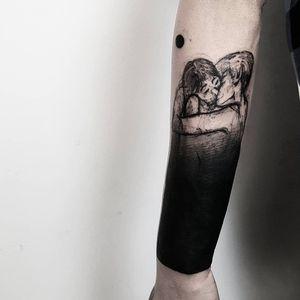Tattoo by Matteo Nangeroni #MatteoNangeroni #besttattoos #best #blackwork #illustrative #sketch #egonschiele #darkart #coverup #portrait #kiss