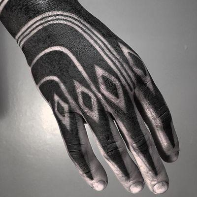 Tattoo by Xnazax #Xnazax #handtattoo #hand #jobstopper #blackwork #tribal #pattern #shapes #diamond #Linework