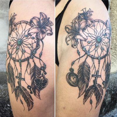 #dreamcatcher #tattooart #blackandgrey #linework
