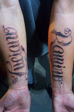 Handmade lettering names. • • • • • • •#handmadelettering #handmadefont #nametattoo #armtattoos #tattooofday