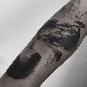 Brush stroke tattoo, IG :hanu_tattoo #tattoo #tattoodo #brushstroke #blackwork #blackworktattoo #hanutattoo #korea #Seoul