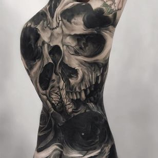 Tattoo by Fibs #Fibs #ElFibs #illustrative #darkart #blackandgrey #skull #death #surreal
