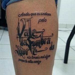 #letteringtattoo #letteringtattoos #lettering #escrita #tatuagemescrita #salmos23 #psalms23 #tatuagemsalmos #psalmstattoo