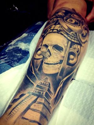 #Azteca #culturaprehispanica #aztecaSkull #piramide #DiosSol