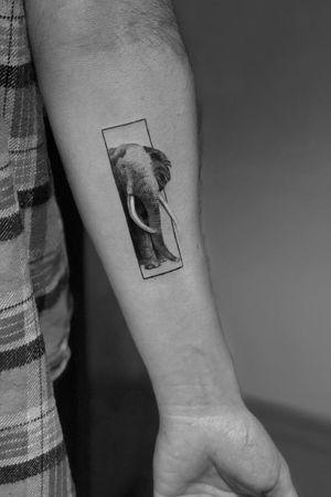 Elephant #geometric #ink #blackandgrey #blacktattoo #elephanttattoo #Tattoodo #alianilercel