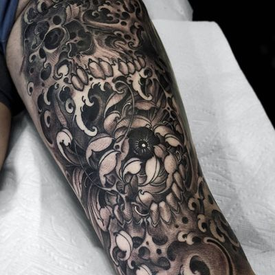 Tattoo by Fibs #Fibs #ElFibs #Japanese #illustrative #darkart #blackandgrey #skull #death #flower #floral #waves #eye #chrysanthemum
