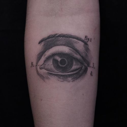 Tattoo by Lisa Riva #LisaRiva #eyetattoos #eyetattoo #eye #anatomy #blackwork #illustrative #linework #etching #engraving #medicalillustration #medical
