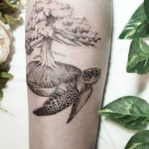 #tattooculturemag #blackandwhite #blackwork #thalink #tattoo #tattooart #ink #inked #engraving #belgium #brussels #tattrx #blackworksubmissions #iblackwork #tatouage #onlythedarkest #onlyblackart #inkedgirls #tttism #tattooart #art #belgiumtattoo #whipshading #txttoo #wild #WildlifeTattoos #sea #seaturtle #seaturtletattoo #tree #treetattoo @tattoodoapp @blkttt #blackwork #skull #scientificillustration #thalink #drawing #draw #engraving #blackworksubmission #iblackwork #txtattooartist #txttoo