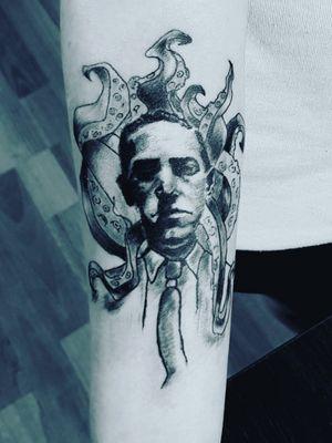 My work #tattoo #artist #tattooartist #art #Bishoprotary #eternalink #ilovetattoo #sonami #sonamiaoi #thankful #nice #portrait #face #iloveart #lovecrafttattoo #lovecraft