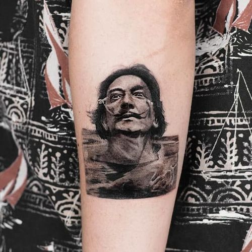 Tattoo by Dimgray Ink #DimgrayInk #SalvadorDalitattoos #Dalitattoos #Dali #salvadordali #surrealism #surreal #painter #fineart #blackandgrey #portrait #flowers #water #reflection