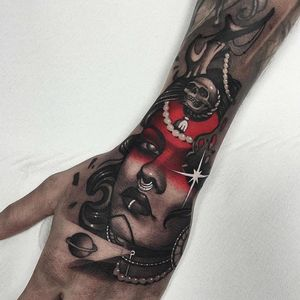 Tattoo by Cristian Casas #CristianCasas #ladyhead #redink #blackandgrey #ladyhead #lady #portrait #skull #death #star #pearls #neotraditional #saturn #tattoodomission #tattoodovision #tattoodo #tattoodoapp