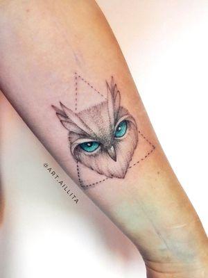 #krsktattoo #blacktattoo #blackart #linework #tattoo #tattoos #tat #tattooed #tattoist #tatooart #owlart #tattoo #tatted #owltattoo #tatts #tats #armtattoo #tattedup #inkedup #tttism