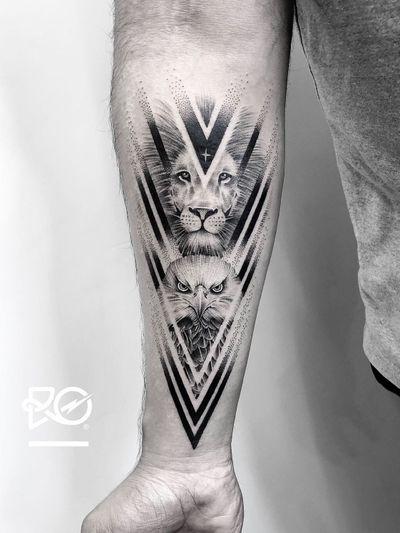 By RO. Robert Pavez • Night lords X • Done in studio Chronic ink • 2018 #engraving #dotwork #etching #dot #linework #geometric #ro #blackwork #blackworktattoo #blackandgrey #black #tattoo #fineline