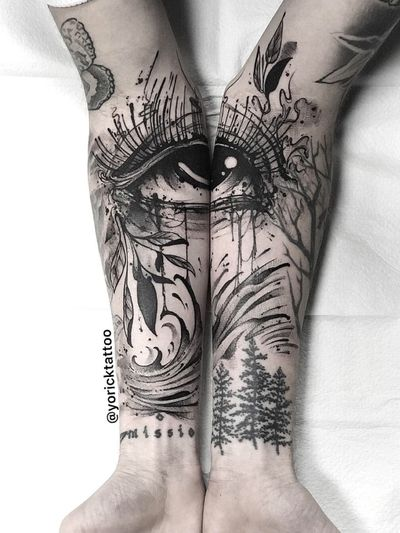 Thank you to @missiomusic for giving me free reign to do something super cool on his arms to tie all of his tattoos together. First session < #blackandgreytattoo #missio @eztattooing #tattoo #tattoooftheday #blackandgrey #sleeve #seeves #diptych #eye #eyetattoo #nature #foliage #armsleeve #blackandgreysleeve #wave #blackwork #blackworker #blackworkers #austin #texas #atx #houston #dallas #sanantonio #yoricktattoo
