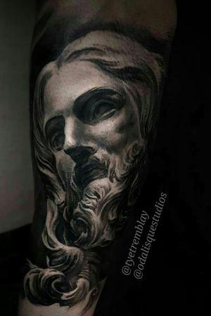 #jesus #statue #bernini #religious #blackandgrey #realism