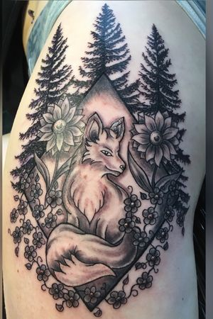 Customer supplied artwork with some small modifications by myself @art_in_motion_tattoo #customtattoo #foxtattoo #tattoo #alaskatattoo #wasillatattoo #wasilla #nofilter #blackandgreytattoo #thightattoo #veteranowned #art_in_motion_tattoo