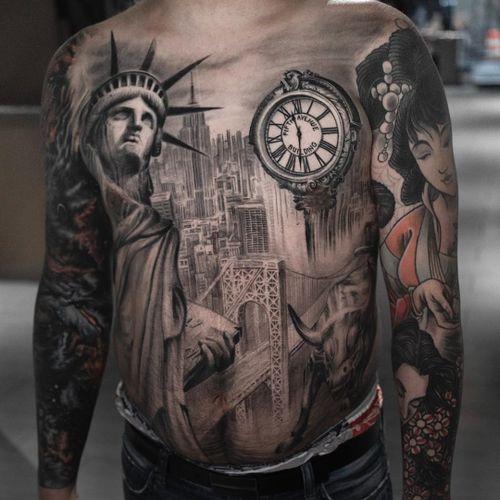 Tattoo by Darwin Enriquez #darwinenriquez #blackandgreyrealismtattoos #blackandgreyrealism #blackandgrey #realism #hyperrealism #realistic #NewYork #NYC #StatueofLiberty #BrooklynBridge #ChryslerBuilding