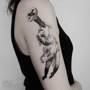 ariefasant Thanks Vicky to pick one out of the flashbook ! Time flew by, tattooing this on you ! #blacktattooart#inkedm#ag#tattrx#TAOT#blackwork#tattooing#ttblackink#iblackwork#blxckink#darkartists#inkstinctsubmission#blacktattoomag#onlyblackart#blackworkers_tattoo#contemporary#tttism#blackworkerssubmission#blackinkmag#tattoosnob#etchtattoo#tattooideas#tattoodo#skeletontattoo#handelsdokkaai#screw@handelsdokkaai