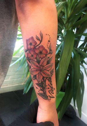 Linework not done by me but the colour was 😜 . . . . . . . . . . #tattoo #tattooartist #tattoodesign #art #tattooistlondon #tattoouk #tattoolondon #blackandgreytattoo #picoftheday #colourfultattoo #colourtattoo #traditionaltattoo #oldschooltattoo #egomachines #stencilstuff #tattoogoo  #besttattoo #customtattyoo #mandala #dotwork #letteringtattoo #writingtattoo #tattoostudio #photooftheday #like4like #follow4follow #handpoke