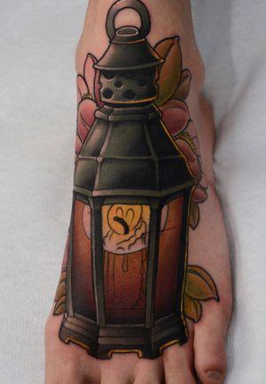 Pewpewpew lantern