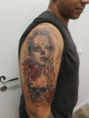 Skull & Rose...