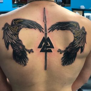 Norse. Odins spear and ravens. Valknut.