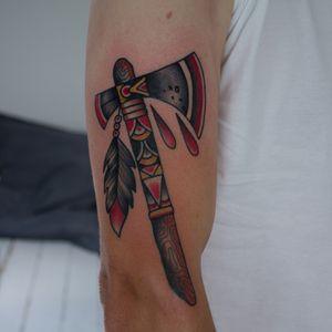 Tomahawk by TattooSved #tattoo #oldschooltattoo #traditionaltattoo #oldlines #boldlines #boldwillhold  #classictattoo #tradtattoo #classictattooing #tradworkers #København #copenhagen #traditionalamerican