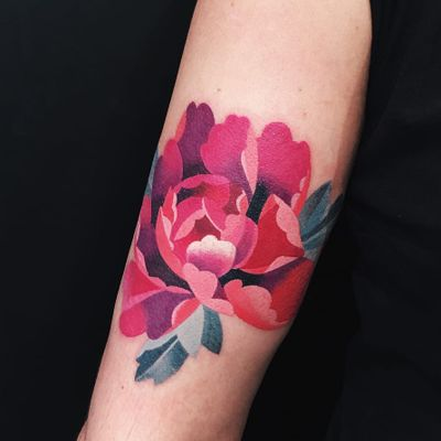 Tattoo by Sasha Unisex #SashaUnisex #watercolortattoo #watercolor #painterly #fineart #painting #color #flowers #floral #leaves #nature #peony #pink