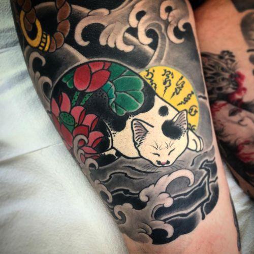 Tattoo by Horitomo #Horitomo #japanesetattoos #japanese #irezumi #tebori #monmoncat