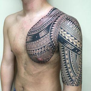 Tattoo by Taku Oshima #TakuOshima #tribaltattoos #tribaltattooing #tribal #ancient #blackwork #pattern #linework #dotwork #shapes #abstract