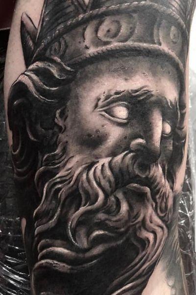 #Poseidon #ocean #statue #godofthesea #Neptune #blackandgreytattoo