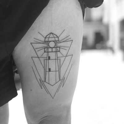 Done at loyalty tattoo bcn🔥🔥🔥 #lighthouse #geometry #linework #barcelona