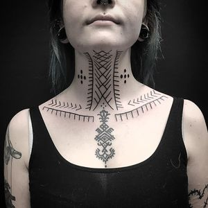 Tattoo by Er Tubi #ErTubi #tribaltattoos #tribaltattooing #tribal #ancient #blackwork #pattern #linework #dotwork #shapes #abstract