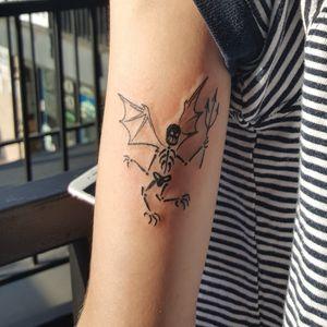 #skeleton #skeletontattoo #halloween #blackink #blacktattoos #halloweentattoo #tattoo #tattooedgirls #tattooedgirls #ink #inked #vegantattoo #veganink #lineworktattoo #blacktattoo #femaletattooartist #tattooartistneeded #losangeles #losangelestattoo #california#californiatattoo #makittaboom