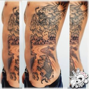 🐉 Japanese Side 🐉 New Work, Thanks to @cenererifortunato @fortunatocenereri 🙏 #Follow #draw #drawing #tattoo #tattoos #ink #sketch #sketchbook #logo #picoftheday #likeforlikes #likeforfollow #like4likes #like #followers  #japanese #japanesetattoo #side #dragon #fish #mountain #stream #sun #bnw #blackandwhite #trasformation